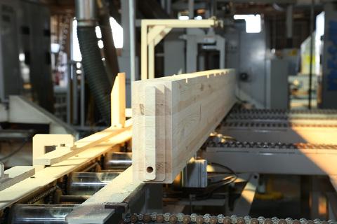 横架材自動加工ライン